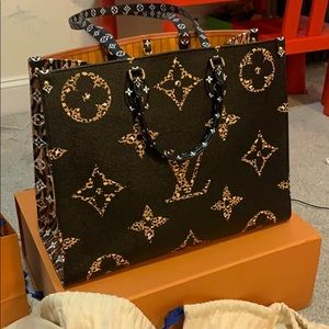 Louis Vuitton onthego jungle New